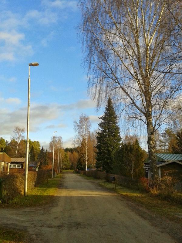 Syksyinen katu Hämeenlinnassa