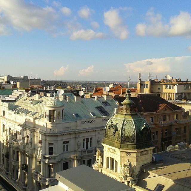 Belgradin kattojen yllä